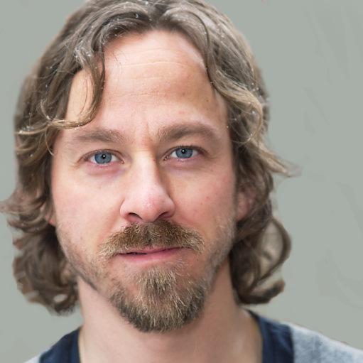 Prof. Henrik Larsson