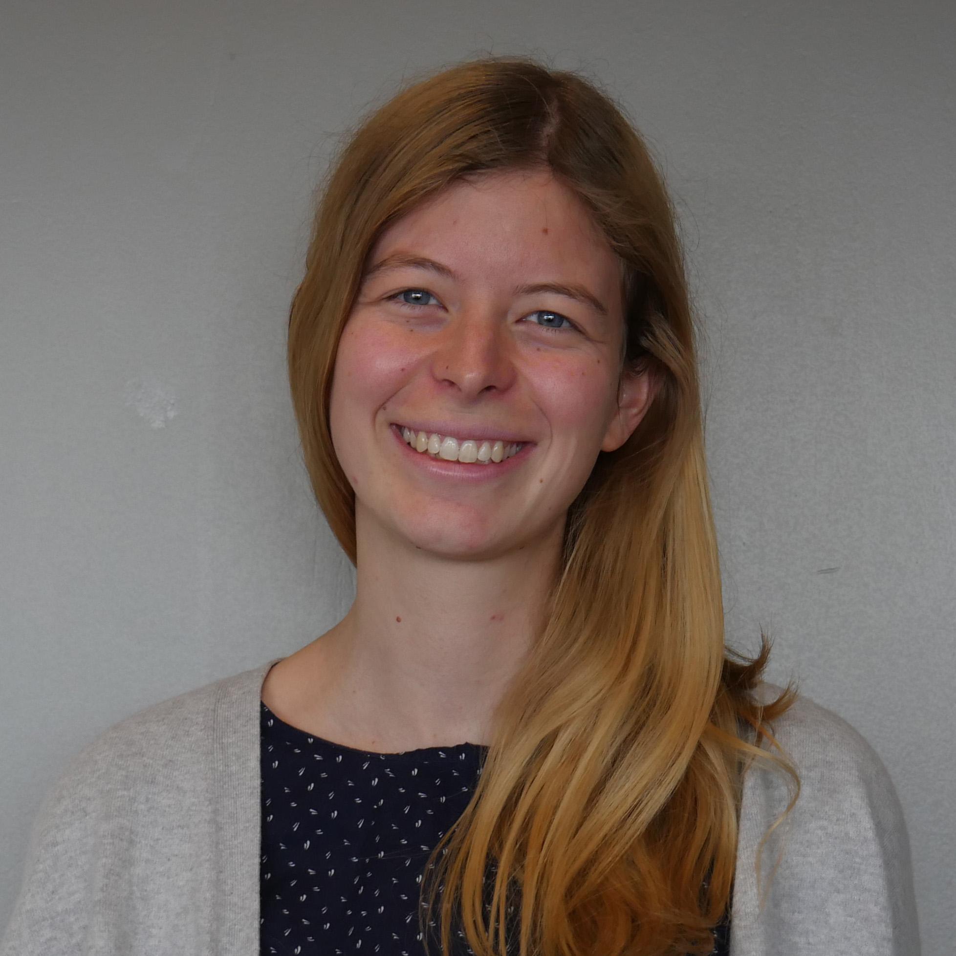 Dr. Larissa Niemeyer